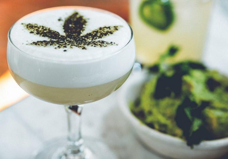 No lo podras creer! Cannabis Cafe